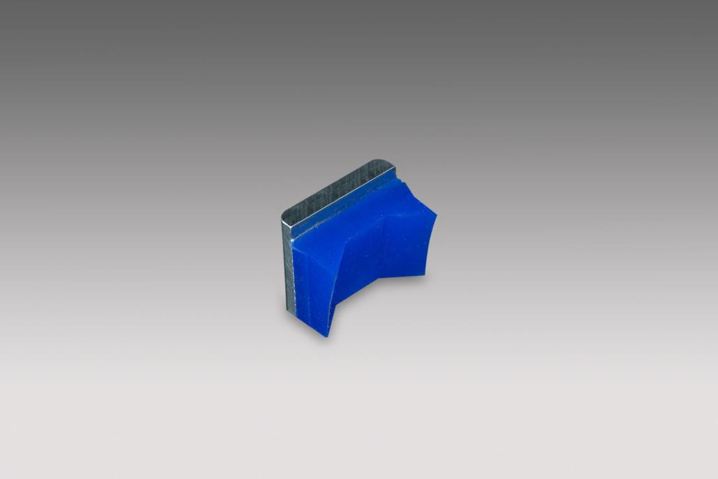 blaues Gummiformteil für Walzen für die Lebensmittelindustrie